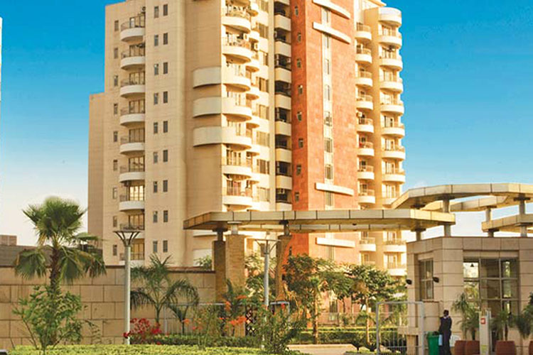 3 BHK Apartment in Unitech World Spa