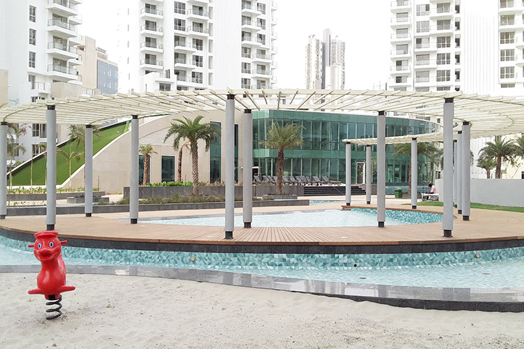4 BHK Apartment in M3M Merlin