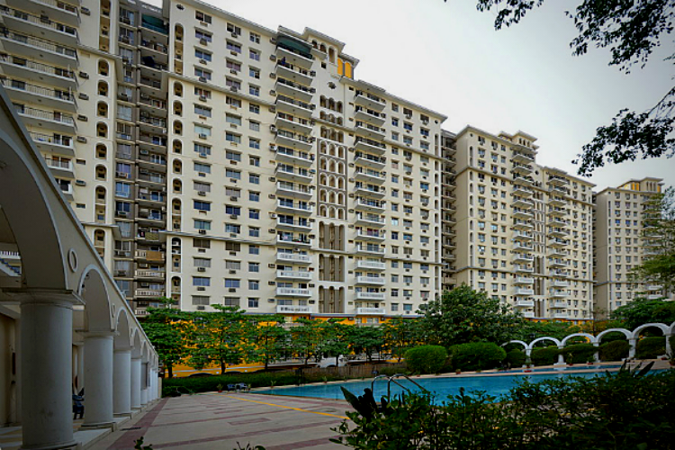 4 BHK Apartment in DLF Belvedere Park