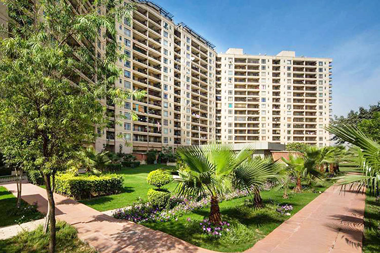 4 BHK Service Apartment in Central Park 1