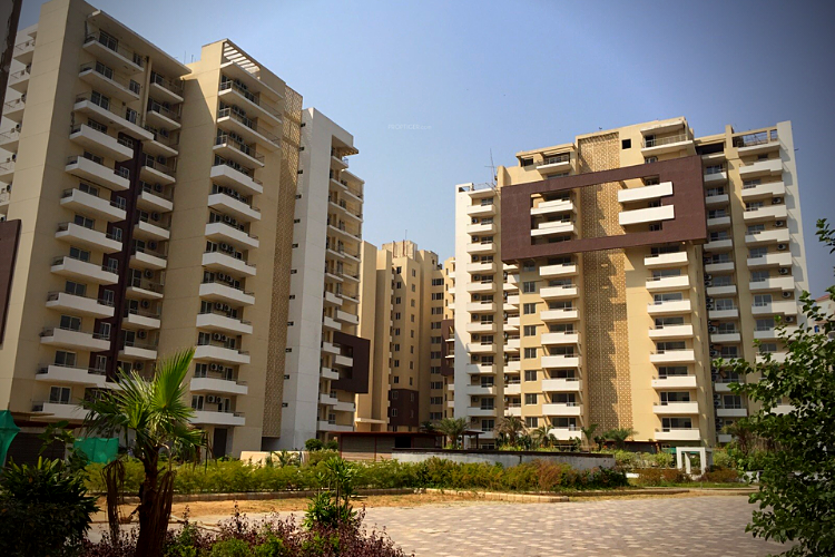 3 BHK Service Apartment in TDI Ourania