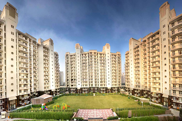 3 BHK Apartment in Essel Tower
